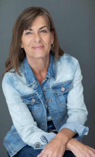 Katrin Sprondel in JeansJacket